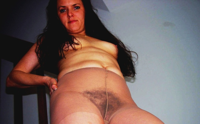 Hairy Pussy in brown Pantyhose